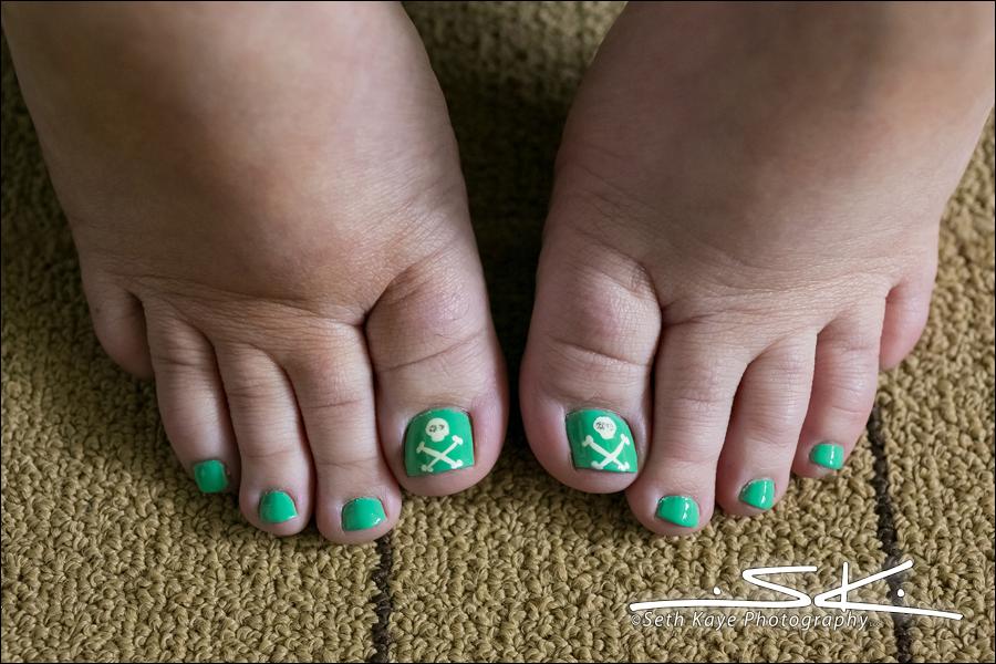 wedding toenails