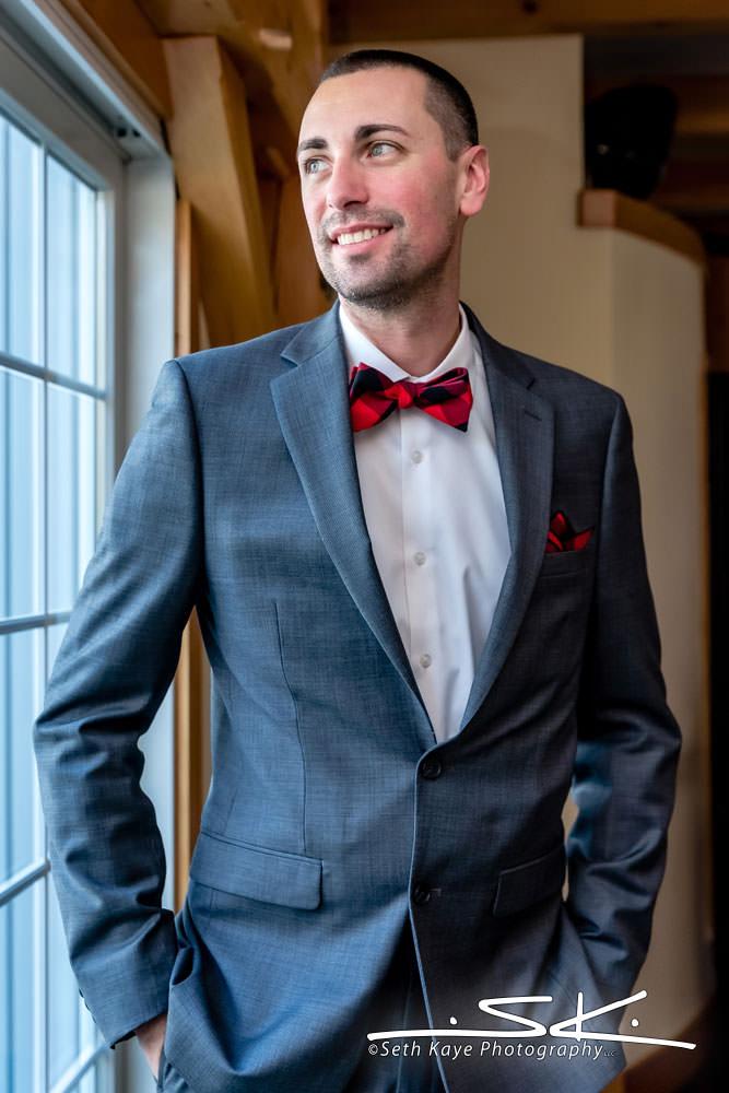 Zorvino Vineyards groom portrait
